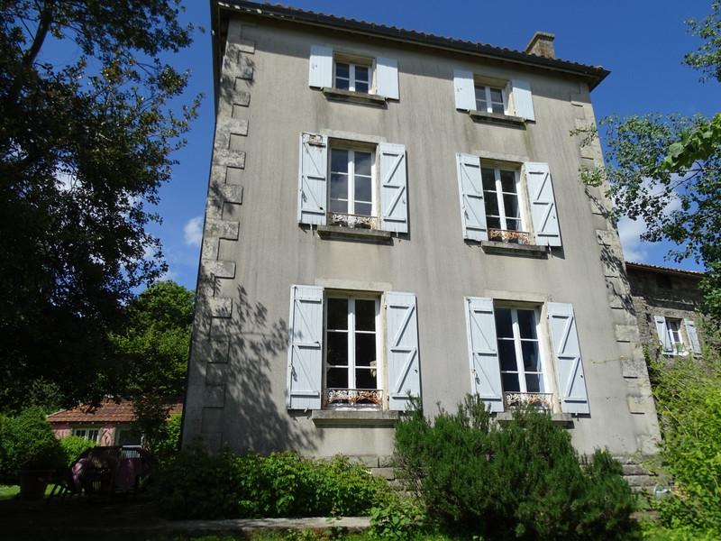 Maison à vendre à Aigonnay(79370) - Deux-Sèvres