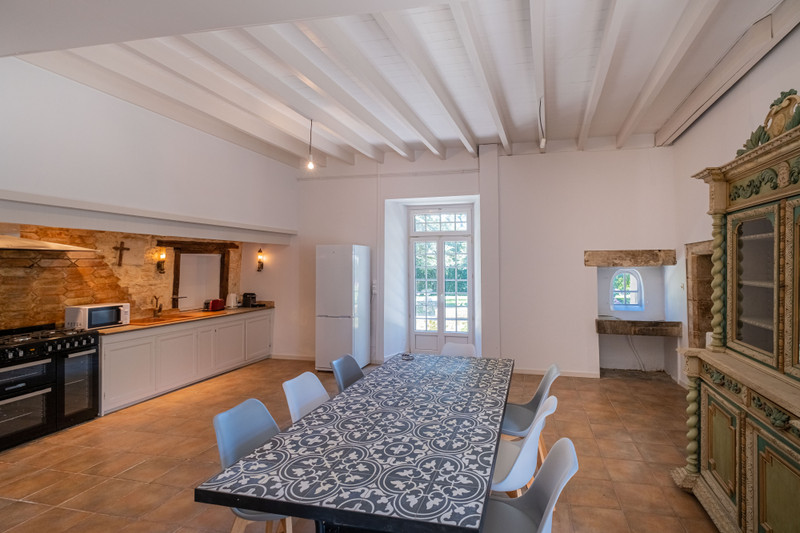 French property for sale in Germond-Rouvre, Deux-Sèvres - €901,000 - photo 6