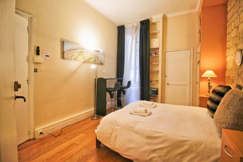 Appartement à vendre à Paris 6e Arrondissement, Paris - 550 000 € - photo 2