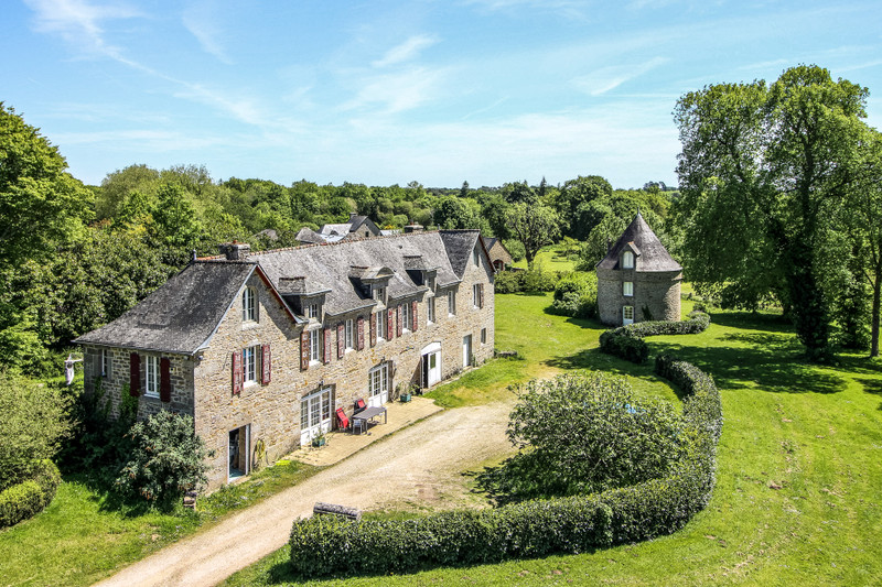 French property for sale in Trégunc, Finistère - €2,835,000 - photo 3