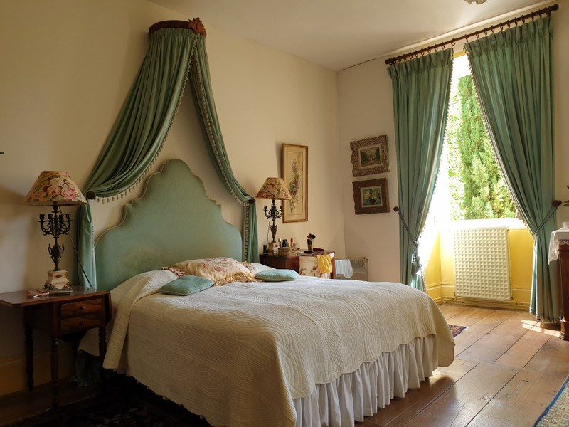 French property for sale in Tourtoirac, Dordogne - €530,000 - photo 7