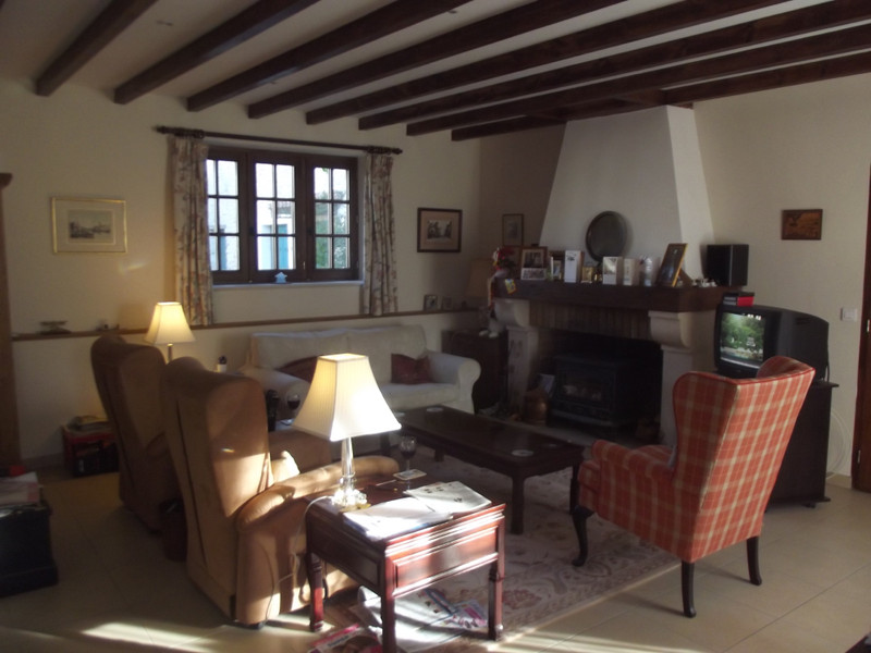 French property for sale in Villebois-Lavalette, Charente - €374,000 - photo 3