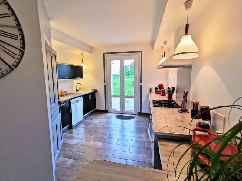 French property for sale in Saint-Yrieix-la-Perche, Haute-Vienne - €296,000 - photo 4