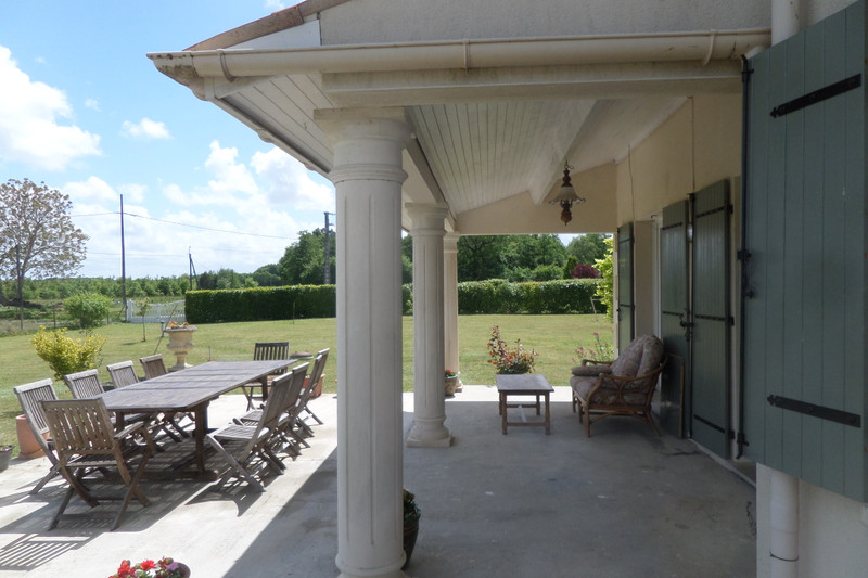 French property for sale in Pons, Charente-Maritime - €460,000 - photo 7