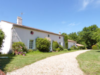 French property, houses and homes for sale inSaint-SymphorienGironde Aquitaine