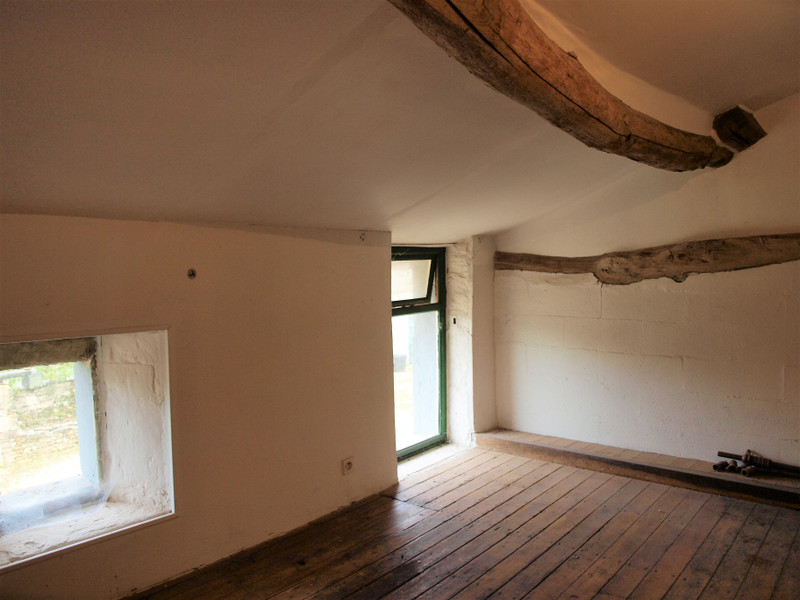 French property for sale in Mairé-Levescault, Deux Sevres - €136,250 - photo 10