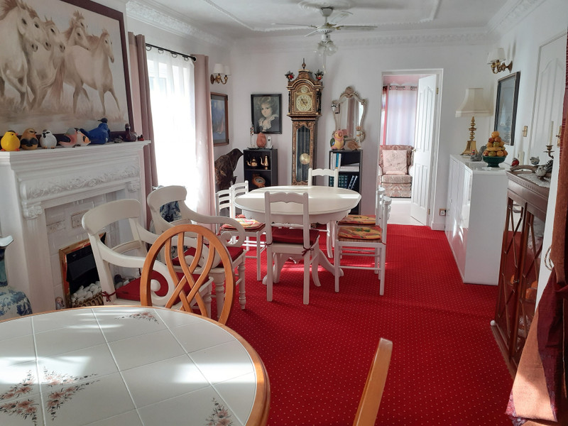 French property for sale in Guémené-sur-Scorff, Morbihan - €167,400 - photo 6