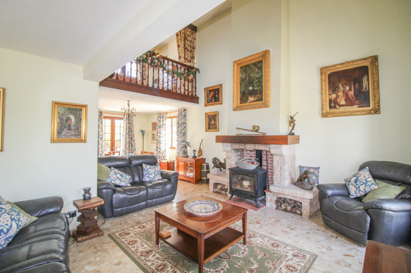 French property for sale in Peyrat-de-Bellac, Haute-Vienne - €280,000 - photo 4
