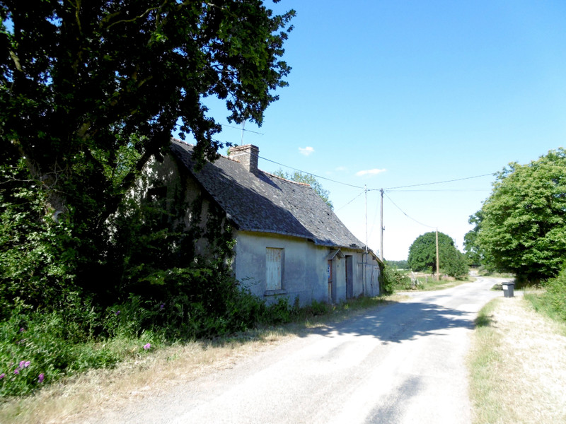 French property for sale in Princé, Ille-et-Vilaine - €25,000 - photo 2
