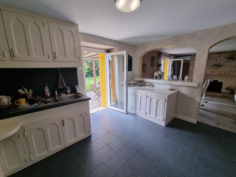 French property for sale in Antonne-et-Trigonant, Dordogne - €156,800 - photo 3