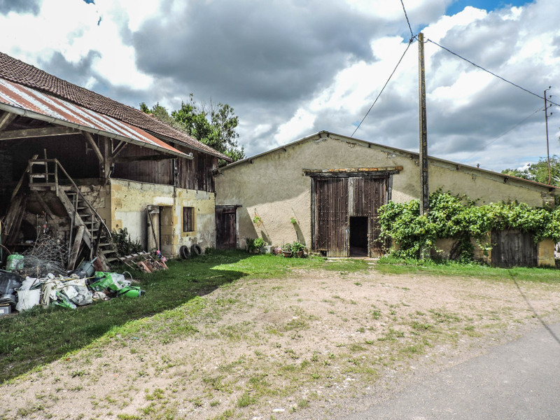French property for sale in Pressac, Vienne - €219,350 - photo 7