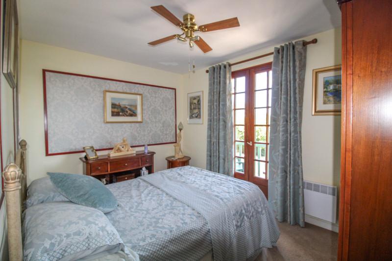 French property for sale in Peyrat-de-Bellac, Haute-Vienne - €280,000 - photo 9