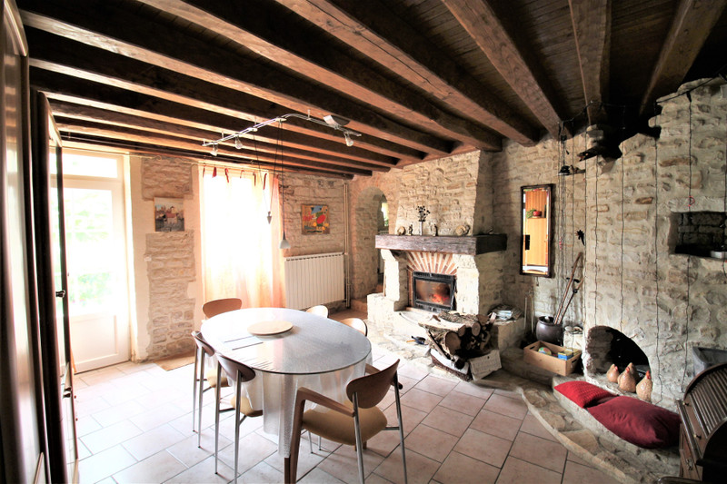 French property for sale in Xambes, Charente - €235,400 - photo 3