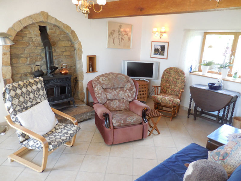 French property for sale in Saint-Vran, Côtes-d'Armor - €199,800 - photo 4