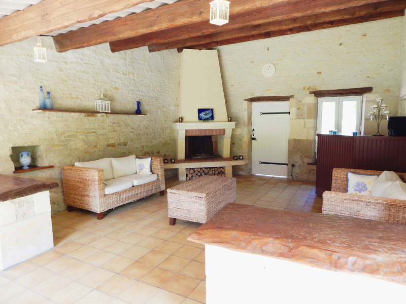 French property for sale in Migron, Charente-Maritime - €598,900 - photo 10