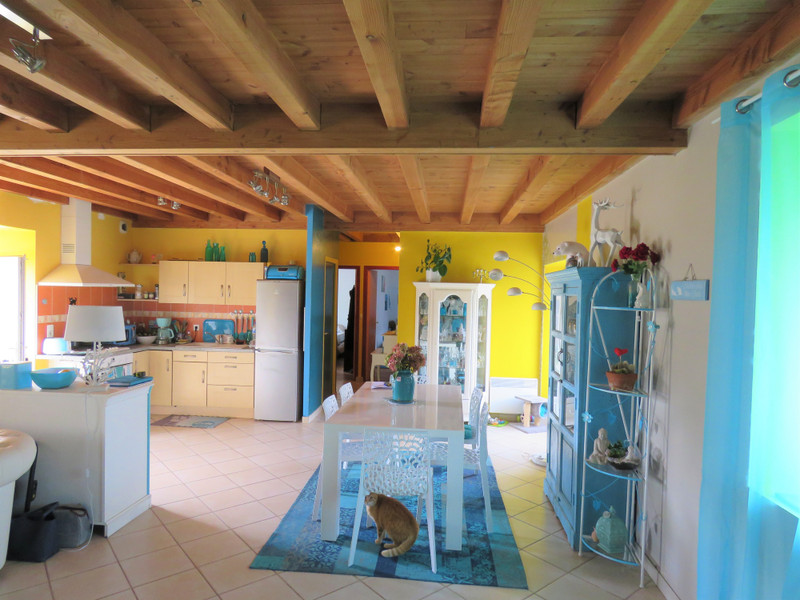 French property for sale in Allaire, Morbihan - €180,000 - photo 6
