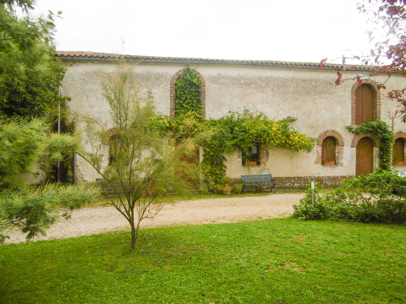 French property for sale in Bourneau, Vendée - €577,700 - photo 10