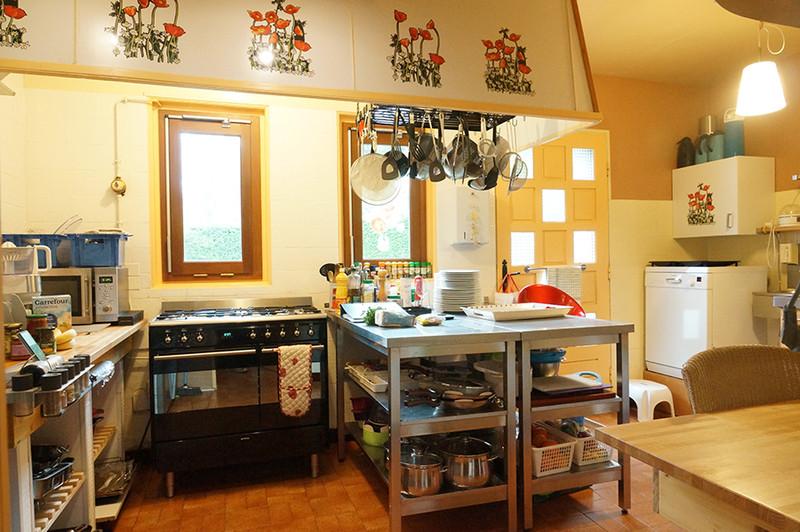 Commerce à vendre à Riom-ès-Montagnes, Cantal - 424 000 € - photo 5