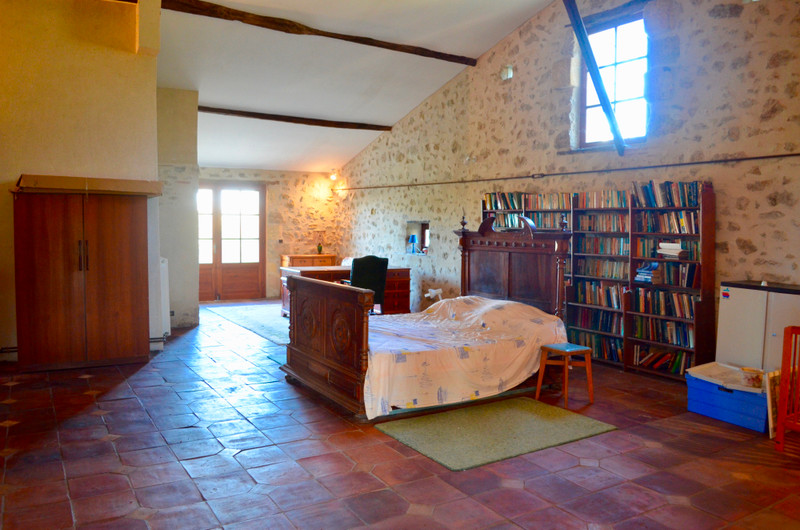 French property for sale in Doulezon, Gironde - €219,350 - photo 7