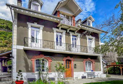 Beautiful, detached 7 bed house in Bagnères de Luchon