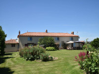 French property, houses and homes for sale inChantonnayVendee Pays_de_la_Loire