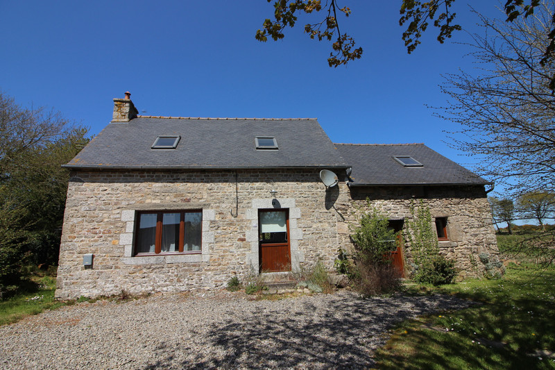 French property for sale in Senven-Léhart, Côtes-d'Armor - €79,200 - photo 1