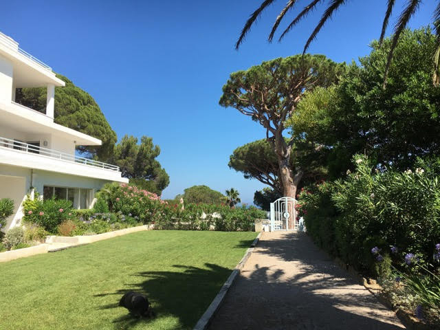 French property for sale in Sainte-Maxime, Var - €6,750,000 - photo 2