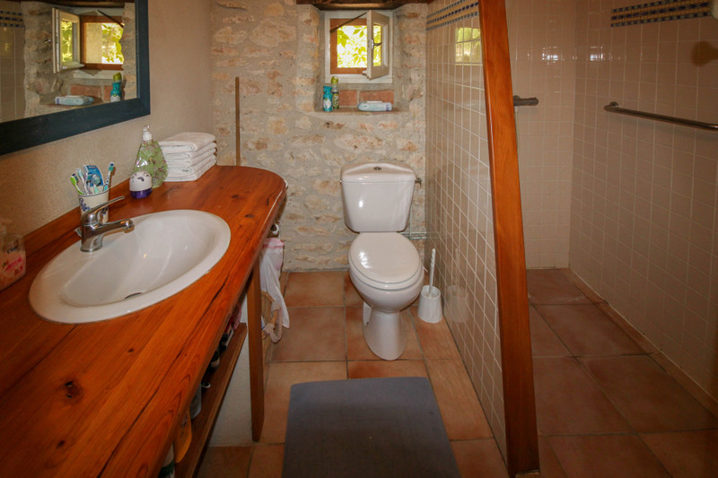 French property for sale in Cézac, Lot - €275,000 - photo 9