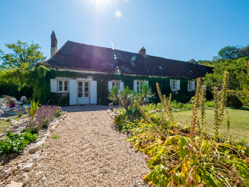 Maison à vendre à Eyliac, Dordogne - 940 000 € - photo 3