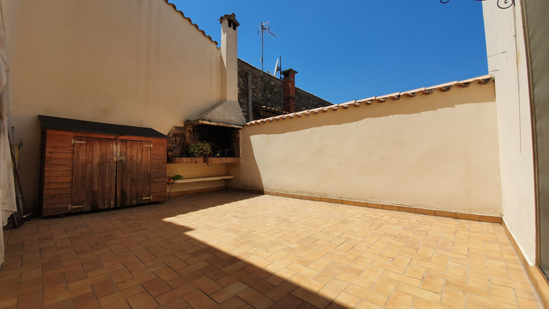 French property for sale in Capestang, Hérault - €250,000 - photo 2