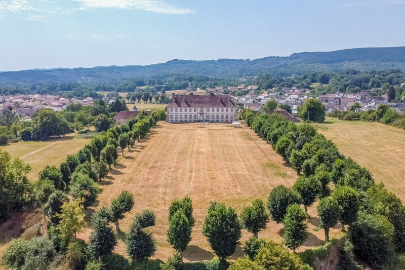 French property for sale in Sainte-Feyre, Creuse - €1,785,000 - photo 10