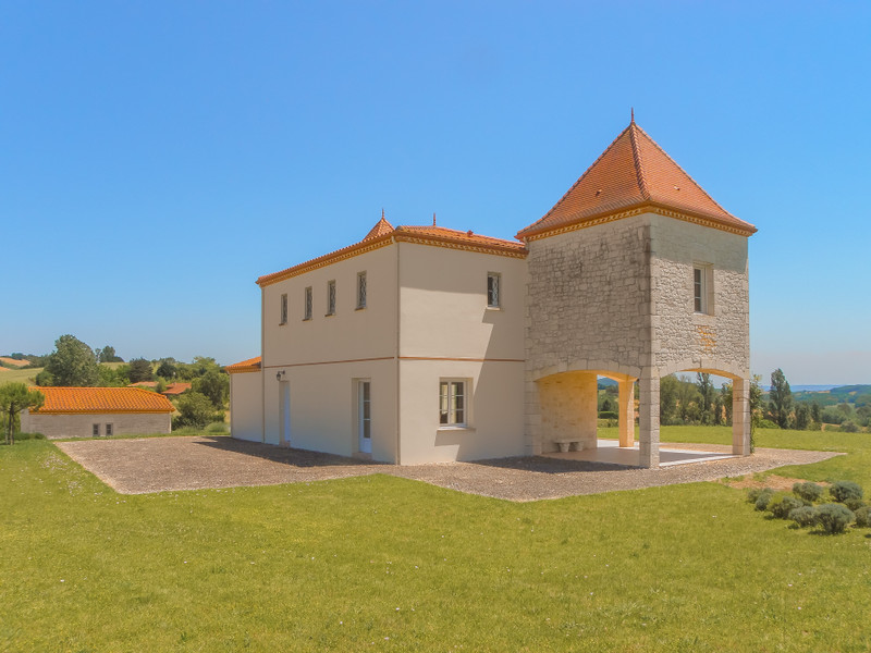 French property for sale in Monclar, Lot et Garonne - €397,500 - photo 4
