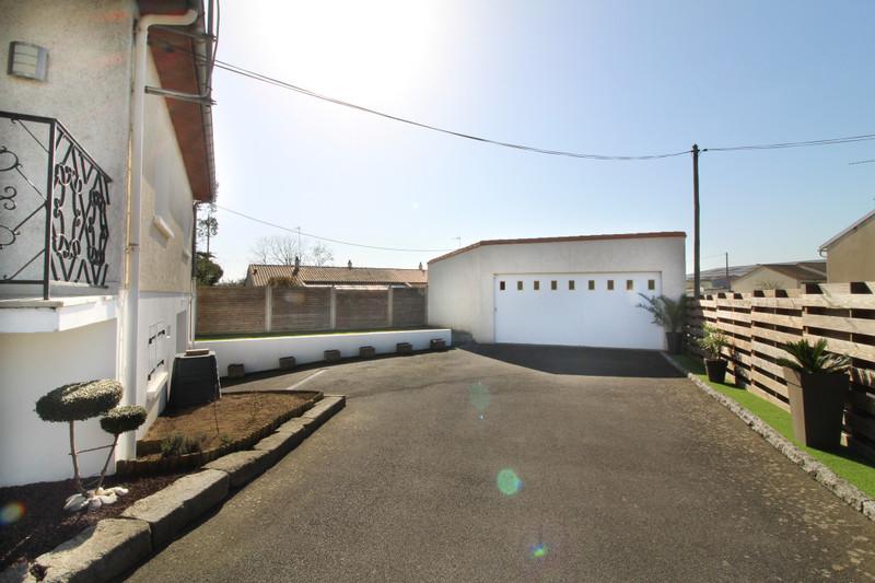 French property for sale in Argenton-les-Vallées, Deux Sevres - €199,800 - photo 2