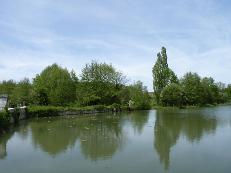 French property for sale in Nieuil, Charente - €680,000 - photo 9