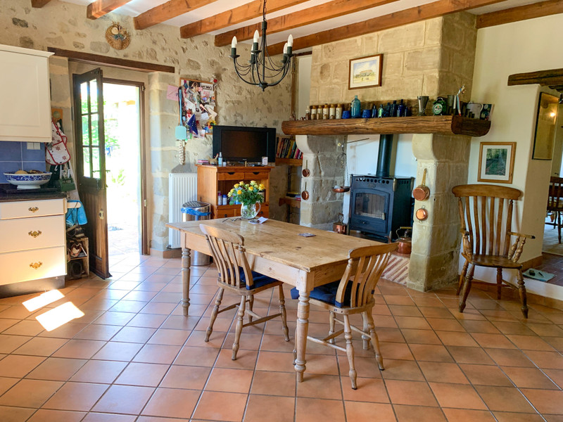 French property for sale in Monbahus, Lot et Garonne - €395,000 - photo 3