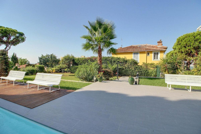 French property for sale in Nice, Alpes-Maritimes - €710,000 - photo 6