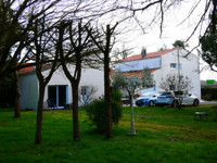 French property, houses and homes for sale inMeschers-sur-GirondeCharente_Maritime Poitou_Charentes