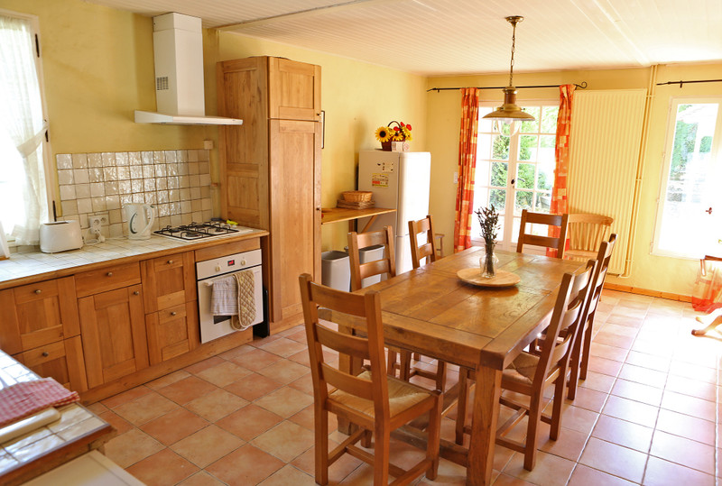 French property for sale in Saint-Just, Dordogne - €198,000 - photo 2