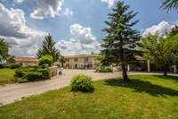 French property, houses and homes for sale inBouëxCharente Poitou_Charentes