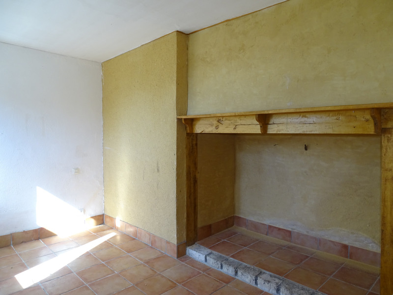 French property for sale in Thenon, Dordogne - €141,700 - photo 5