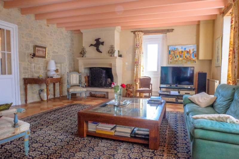 French property for sale in Neuffons, Gironde - €381,600 - photo 5