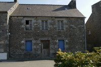 property to renovate for sale in LangourlaCotes_d_Armor Brittany