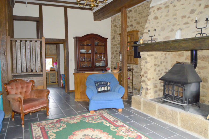 French property for sale in Bonnat, Creuse - €130,800 - photo 3