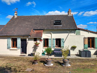 French property, houses and homes for sale inSaint-Pierre-sur-OrtheMayenne Pays_de_la_Loire