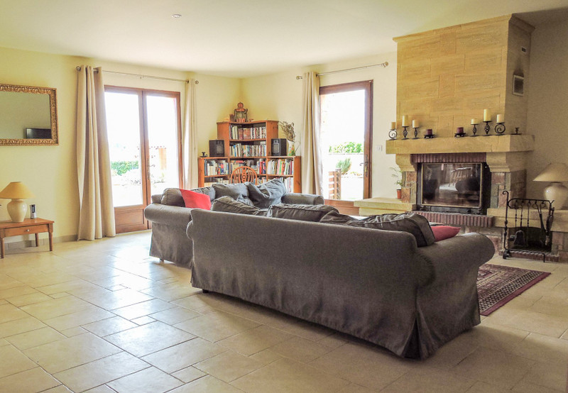 French property for sale in Saint-Cyprien, Dordogne - €540,000 - photo 3