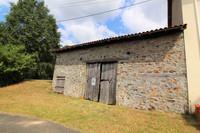 grange à vendre à Vayres, Haute-Vienne, Limousin, avec Leggett Immobilier