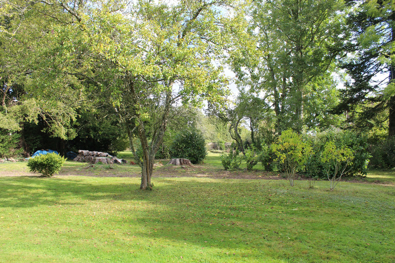 French property for sale in Crulai, Orne - €450,000 - photo 9