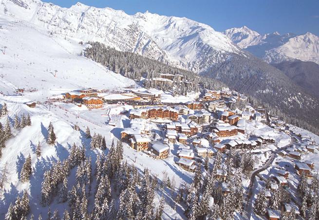 French property for sale in Montvalezan, Savoie - €818,054 - photo 9
