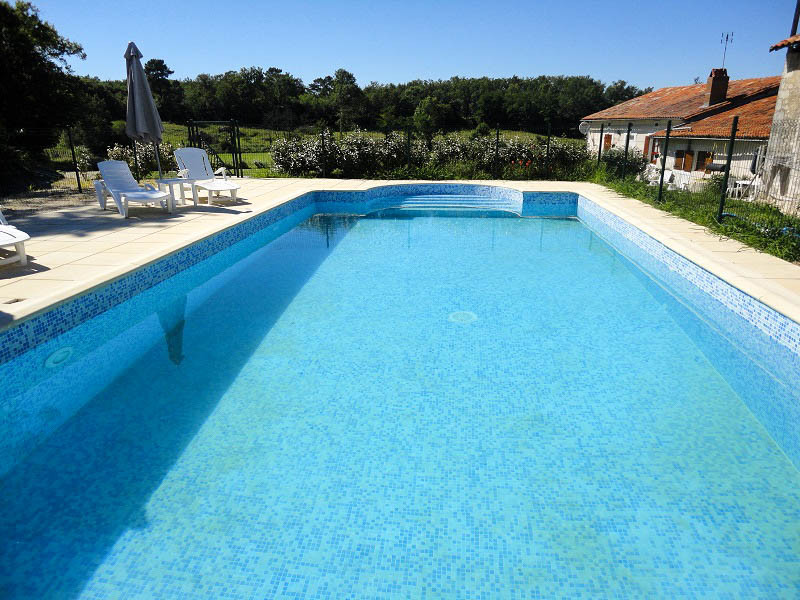 French property for sale in Courgeac, Charente - €390,000 - photo 2