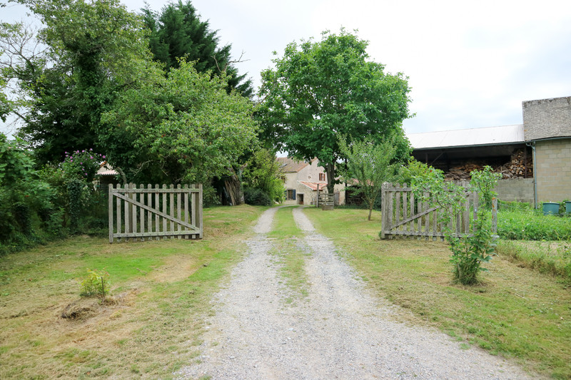 French property for sale in Lathus-Saint-Rémy, Vienne - €189,000 - photo 10